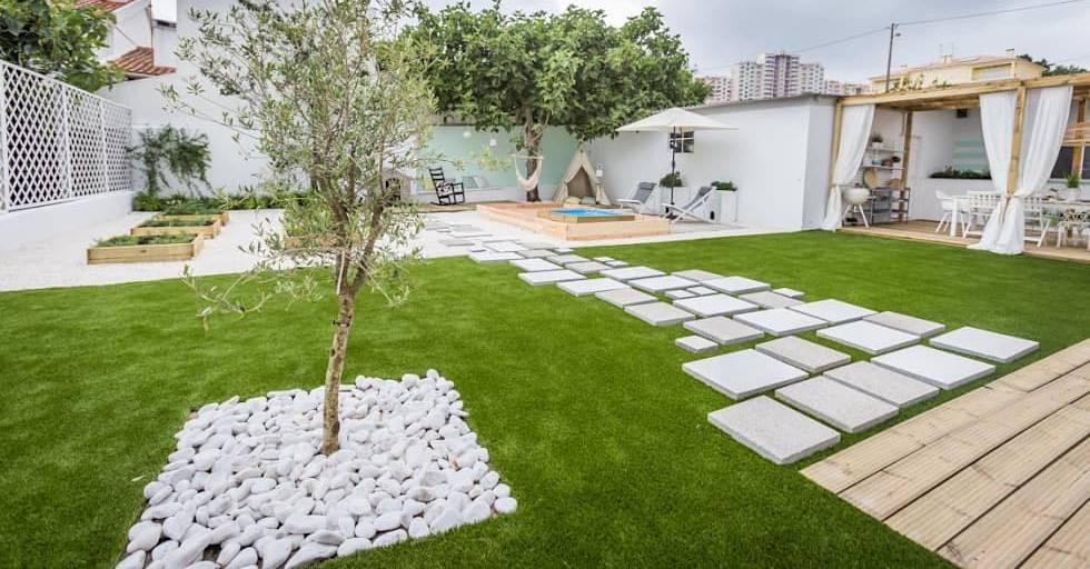 Blocos de concreto no jardim